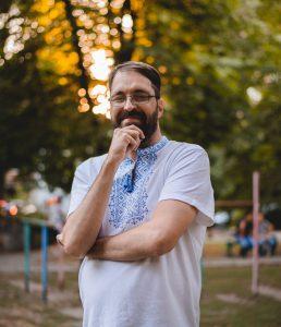 Біл Петерс у Києві – поспішайте отримати консультацію